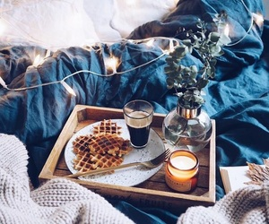 autumn, bed, and breakfast image