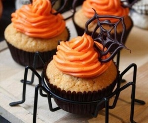 cupcake, food, and Halloween image