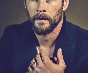 chris hemsworth, sexy, and handsome image