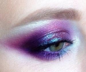 aesthetic, eye, and eyeshadow image