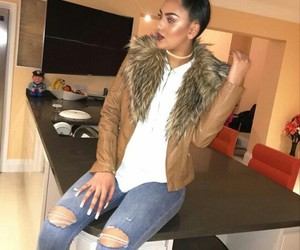 clothes, outfit, and london girls image