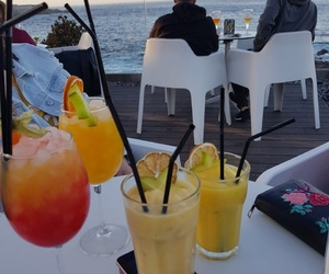 coctel, sea, and friends image