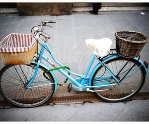 bicycle, firenze, and italy image