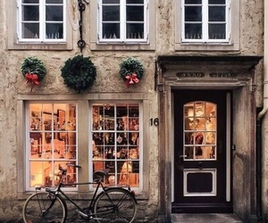 christmas, city, and house image