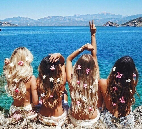 summer, friends, and flowers image