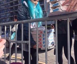 blue hair, pizza, and sweetheart image