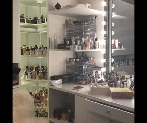 غرفة, يارب , and حُلم image