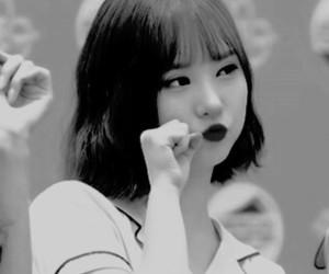 cute girl, korean, and gfriend image