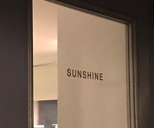 aesthetic, sunshine, and beige image