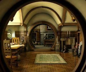 hobbit, house, and bilbo baggins image