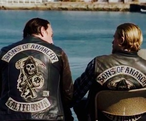 Charlie Hunnam, sons of anarchy, and tommy flanagan image