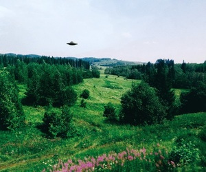 aesthetic, landscape, and aliens image
