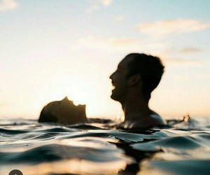 couple, love, and sea image