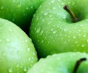 vihreä image