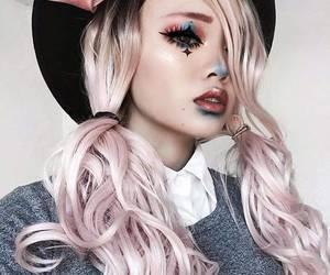 makeup and halloween makeup image
