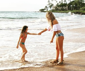 beach, best friends, and sisters image