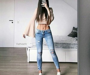 fashon, girls, and outfits image