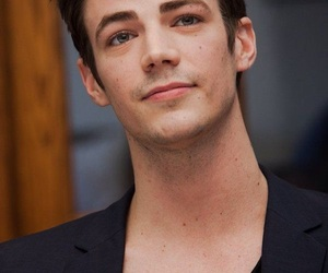 grant gustin, handsome, and the flash image