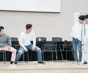 Jonghyun, nuest w, and JR image