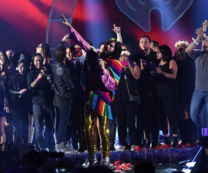 30 seconds to mars, on stage, and jared leto image