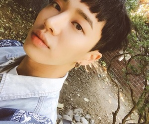 handsome, highlight, and selca image