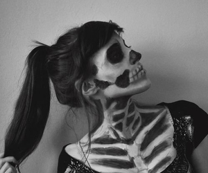 art, black and white, and girly image