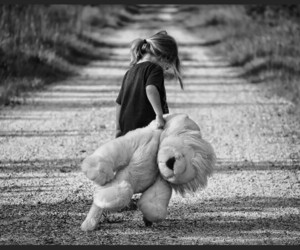 kids and bear image