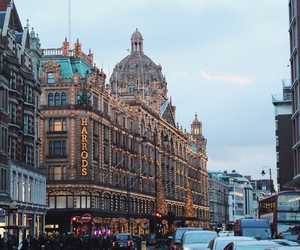 london, luxury lifestyle, and school image