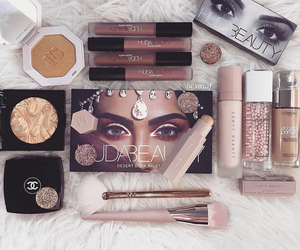 girly, fenty, and makeup lovers image
