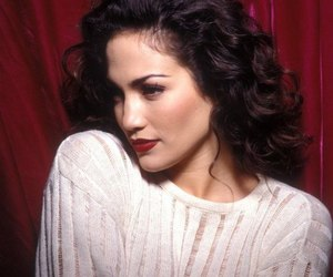 Jennifer Lopez and 90s image
