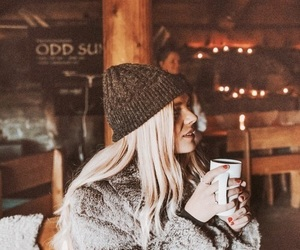 girl, winter, and autumn image
