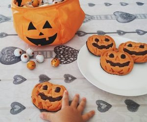 autumn, Cookies, and eyes image