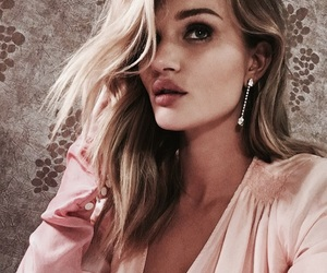 model and rosie huntington whiteley image