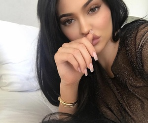 beauty, Kendall, and selfie image