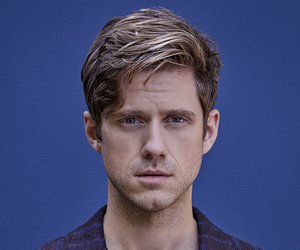 holy shit, aaron tveit, and oh babe image