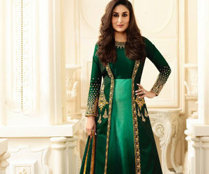 dresses, Hot, and kareena kapoor image