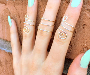 accessories, knuckle rings, and wire jewelry image