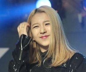 korean, kpop, and bias image