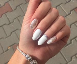 nails and pandora image