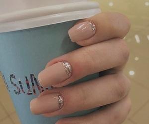 nails, rosa, and glitzer image