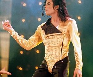 dangerous tour, king of pop, and michael jackson image