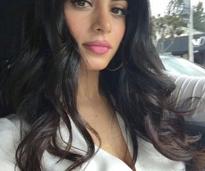 emeraude toubia, shadowhunters, and isabelle lightwood image