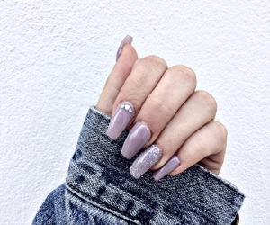 article, nails, and Nude image