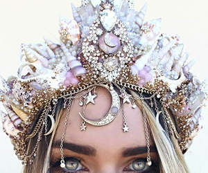 beauty, crown, and eyes image