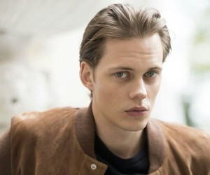 actor, it, and bill skarsgård image