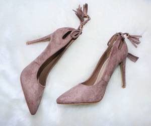 chaussures, talons, and heels image