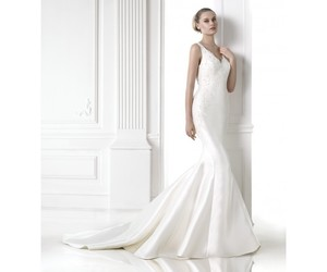 Pronovias, oferta, and eventos image