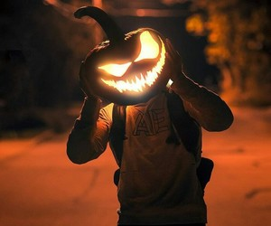 night, pumpkin, and Halloween image