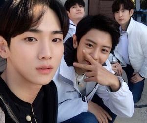 exo, SHINee, and chanyeol image