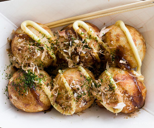 food and takoyaki image